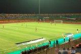 Madura United versus Barito Putra pada Sabtu