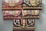 Ini kreasi modifikasi kain etnik Lampung bernilai tinggi