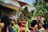 Telaah - Pernikahan dan budaya sub-urban masyarakat Magelang