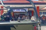Seorang prajurit TNI gugur akibat diserang massa demo AMP