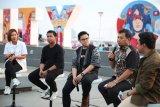 Pemkot Makassar apresiasi karya mural di Pantai Losari