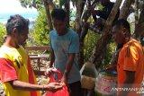 Himpunan Pramuwisata Indonesia bersihkan sampah di destinasi wisata