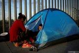 Paus Fransiskus: negara pembuat senjata munculkan migrasi namun tolak imigran