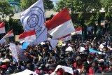 Mahasiswa Surabaya demo, tuntut pembatalan UU KPK