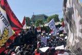Gubernur Jatim imbau aksi mahasiswa dilakukan santun