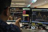 IHSG ditutup melemah seiring aksi jual investor asing