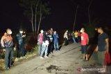 Diduga keracunan delapan warga dibawa ke RSUD Cianjur