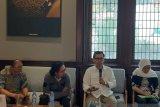 Tak segera selesaikan kisruh politik Indonesia bisa terancam kekeringan likuiditas, kata pengamat