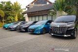 Sedan Crown Hybrid  untuk mobil menteri dipesan lagi
