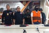 Dua warga Singapura tersangka kasus impor limbah terkontaminasi B3