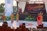 Festival seni dan budaya daerah sarana promosi dan pelestarian