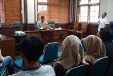 Kelompok Informasi Masyarakat Mataram mengikuti pelatihan jurnalistik