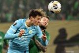 Wolfsburg tundukkan Saint-Etienne