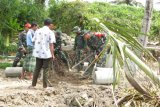 Satgas TMMD bangun jalan penghubung dusun di Lombok Tengah