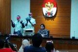 KPK resmi tahan Bupati Lampung Utara, ini kasusnya