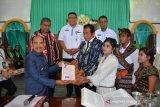 50 pasutri ikuti nikah massal di Kupang