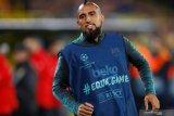 Arturo Vidal belum  pikirkan tinggalkan Barcelona