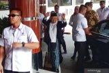 Ma'ruf Amin jenguk Wiranto di RSPAD