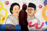 Mural cinta Habibie Ainun
