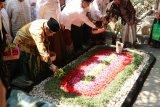 Sambut Hari Santri, PBNU instruksikan ziarah kubur