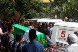 Balita tewas terjun dari lantai 7 rusunawa