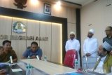 Imigrasi Agam detensi tiga warga Pakistan, ditangkap saat kumpulkan sumbangan di masjid