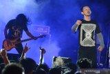Riwayat Rock Indonesia, saat musik cadas kian berwarna di 90-an