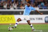 City bentengi Sterling dari Madrid dengan kontak baru