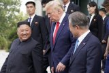Trump ragukan Kim Jong Un penuhi janjinya terkait denuklirisasi