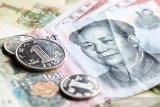 Yuan berbalik naik 44 basis poin terhadap dolar AS