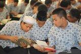 Pemkab Solok evaluasi program Maghrib Mengaji dan Subuh Berjamaah