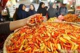 Harga cabai rawit melambung tinggi Rp100 ribu per kilogram