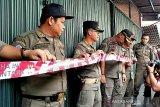 Pemkot Palembang  segel usaha bakso penolak e-tax