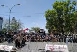 Keluarga dua mahasiswa UHO ikut berdemo ke Polda Sultra