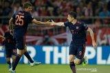 Lewandowski kemas dua gol, Muenchen bekap Olympiakos 3-2