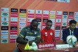 Pelatih Persipura Jacksen Tiago minta timnas Indonesia percaya proses