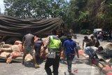 Sebelum tabrak dua pedagang asongan hingga tewas,  truk pengangkut semen sempat oleng
