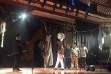 49 pemain Teater Bumi Bali pentaskan