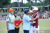 Panglima TNI Marsekal TNI Hadi Tjahjanto mewisuda 860 taruna baru TNI-Polri