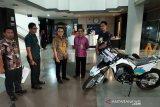 PT PLN serahkan bantuan motor untuk Taman Nasional Bantimurung