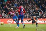Leicester  ke peringkat tiga setelah ungguli Crystal Palace 2-0