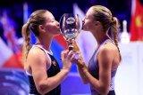 Pasangan petenis  Mladenovic/ Babos juara ganda putri Australia Open