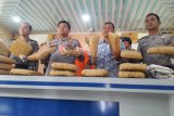 Polres Pasaman Barat ringkus pengedar ganja 17 kilogram