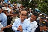 Tokoh oposisi Kamboja Sam Rainsy mendarat di Kuala Lumpur