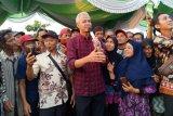 Ganjar Pranowo bantu warga transmigran Jateng di Kalteng