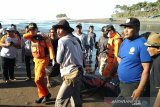 Petugas menemukan pencari kerang hilang selama sepekan di Pangandaran