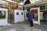 Lima pelukis pameran