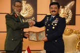 RI, UAE resolved to forge military cooperation