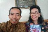 KPU Padang berikan GKR Hemas buku tentang perempuan dalam Mimbar Demokrasi
