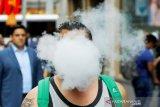 Bisakah virus corona menyebar melalui asap rokok?